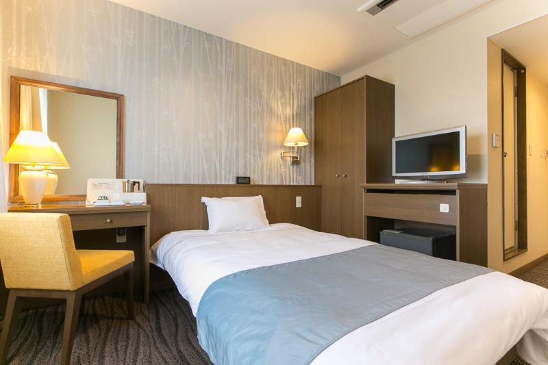 single room - Single Wall Hotel 2015